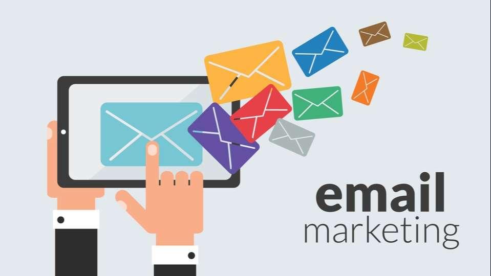 L'email reste le meilleur moyen de communication pour rester en contact avec les prospects