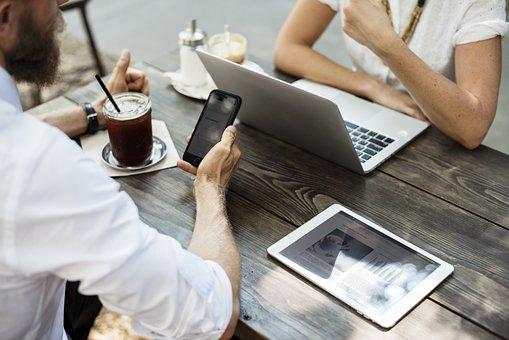 Une bonne e-réputation offre des opportunités commerciales