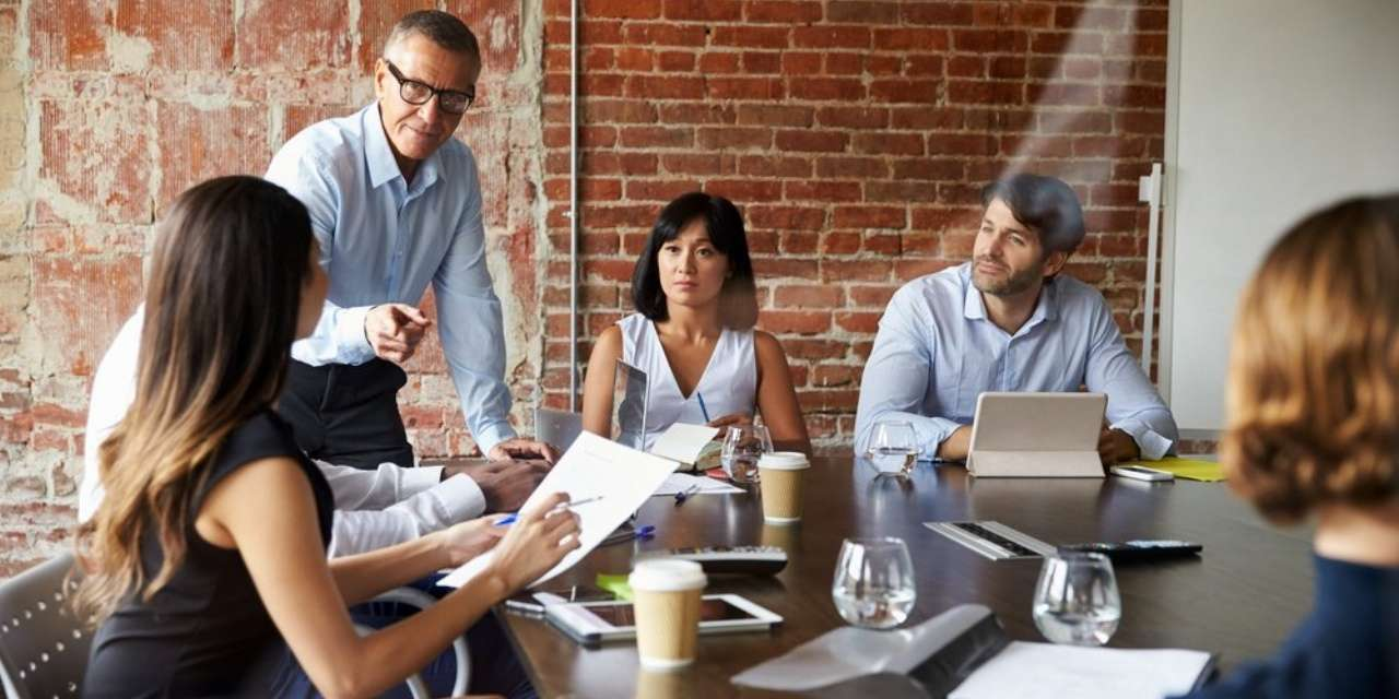 L'organisation d'une réunion avec votre client  est primordiale dans votre recherche