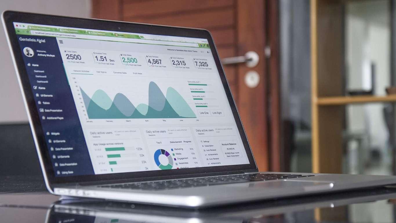 Le growth hacking est une technique qui peut également être utilisée  pour vos réseaux sociaux.