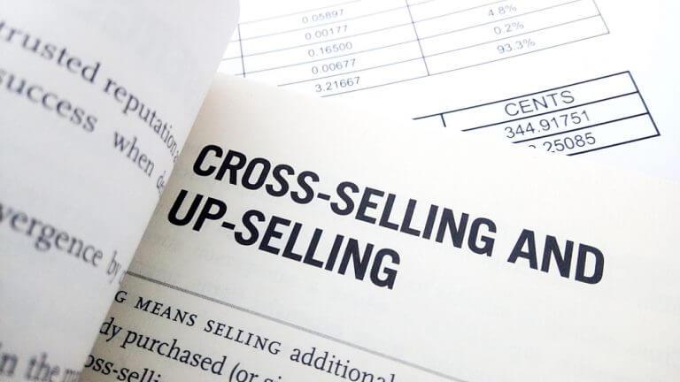 Le cross selling peut s'intégrer à votre stratégie de lead nurturing
